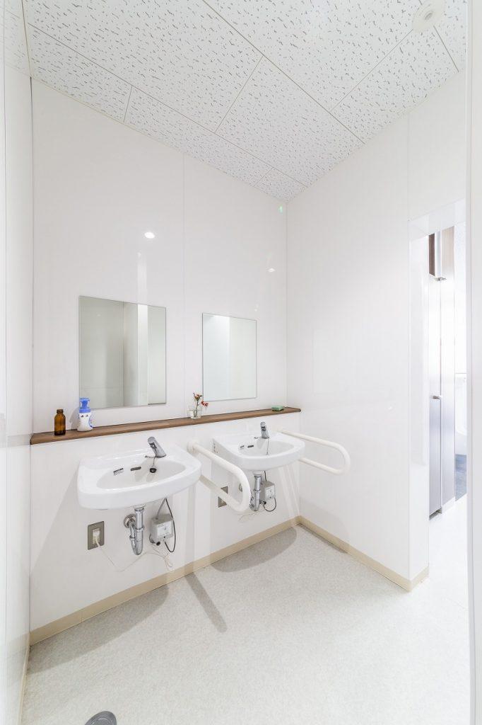 本庄市立本庄東小学校トイレ改修